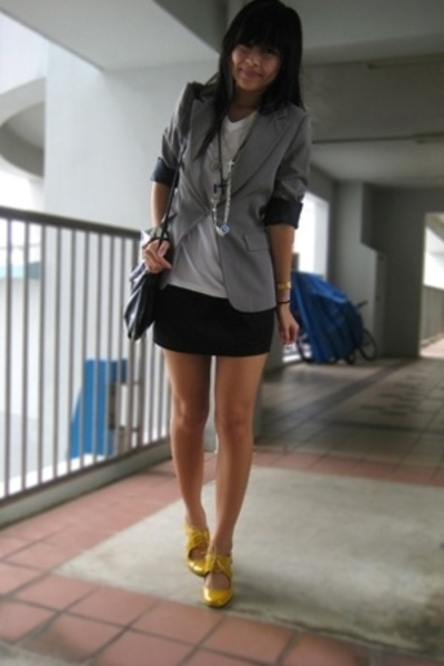 yellow Schu shoes - gray Mango blazer - black bag Mango accessories