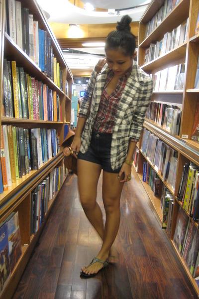red giodarno blouse - blue cotton on shorts - brown Mango accessories - gray Cha