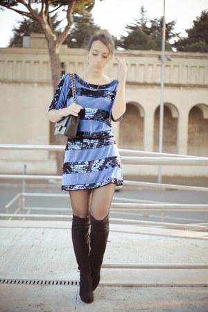 black sarenza boots - navy vintage dress - black Chanel bag