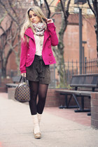 magenta Bershka jacket - light pink Stradivarius scarf