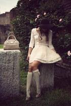 nude H&M skirt - dark brown Zara hat - bronze Stradivarius pumps