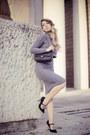 Black-chanel-bag-black-sarenza-heels-heather-gray-nowistyle-skirt