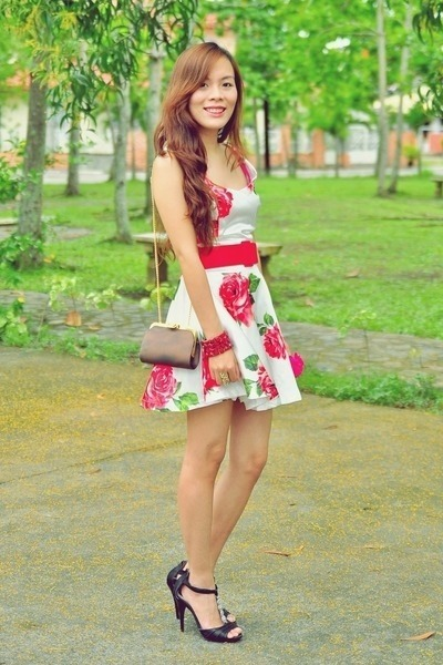 white floral dress Sheinside dress - gold cut out Chemjoycom ring