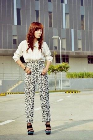 ivory lace Its Vintage Darling top - navy floral Its Vintage Darling pants