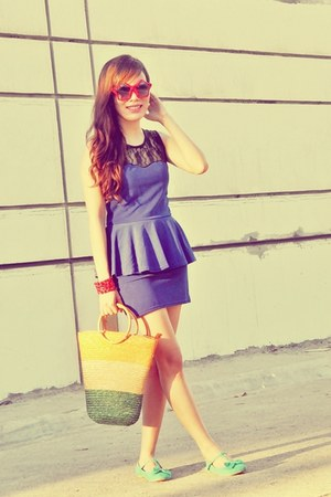 violet peplum dress - light yellow native bag - red star-shaped sunglasses
