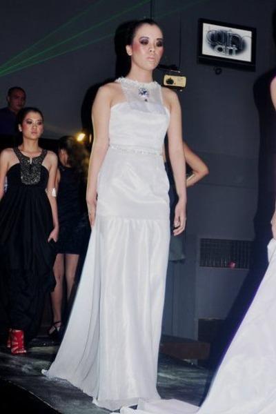 white studded silk Alberto Louie Barros dress
