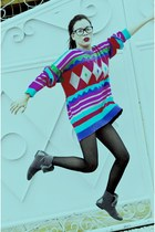 fur random from Hong Kong boots - striped united colors of benetton sweater