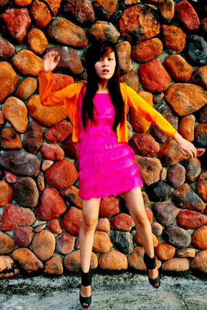orange cardigan - hot pink dress - black caged heels
