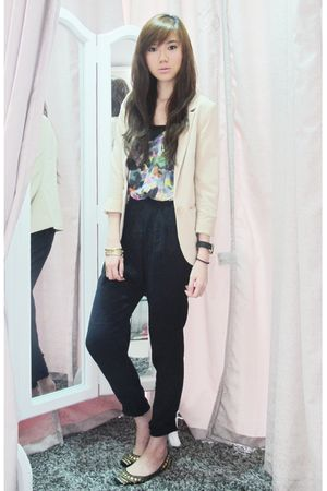 H&M blazer - Topshop top - Zara pants - Steve Madden shoes - Michael Kors -