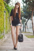 sm accessories ring - Haute Culture shorts - feet for a queen pumps