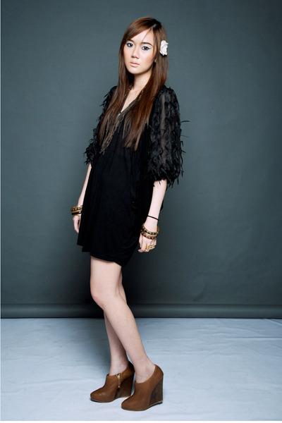 Korean cardigan - Zara shoes - Topshop dress - connector ring Bazaar