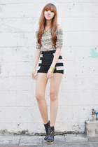 Trendphile top - Vantan Manila shorts