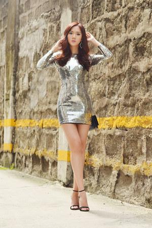 Van Vogue dress