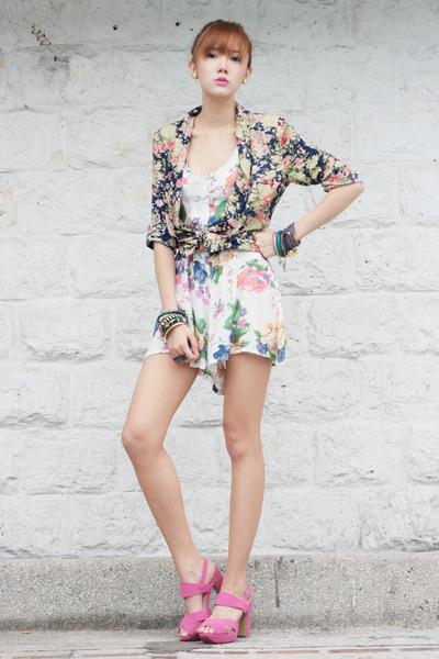 Love Clothing romper - Viva La Gam heels - Mia Casa accessories