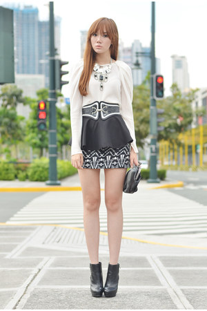 Cevanne belt - peplum Miss Sartorial belt - frou frou skirt