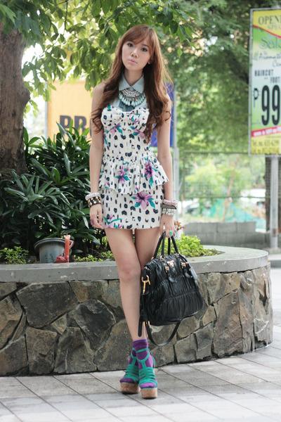 strapless Love Clothing dress - sky blue Mauve necklace