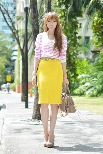 She Inside skirt - sm accessories ring - sm accessories belt