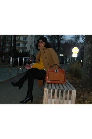 black Ralph Lauren boots - black H&M jeans - black Aritzia hat