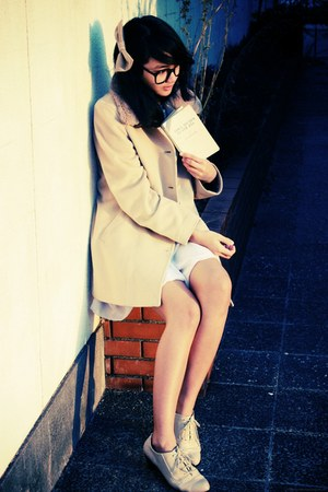 tan coat - light purple dress - beige American Apparel accessories