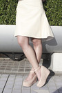 Nude-front-row-shop-skirt