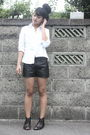 White-blouse-black-uniqlo-shorts-black-shoes