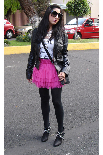 black Zara jacket - white H&amp;M t-shirt - pink H&amp;M skirt - black Zara boots - silv