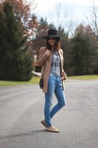 black Urban Outfitters hat - camel camel H&M coat - blue skinny Zara jeans