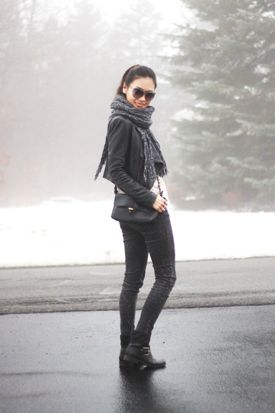 black studded Nine West boots - off white knit H&M sweater - black Zara bag