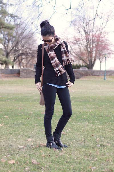 black studded Nine West boots - black black Michael Kors sweater
