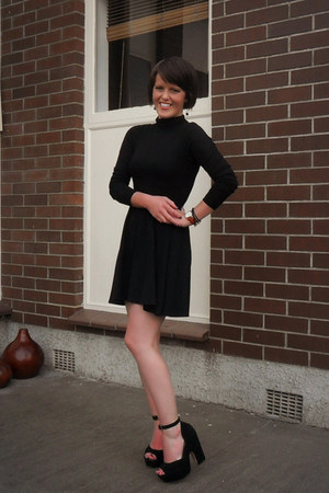 black garage dress - black asos top - black Glassons heels