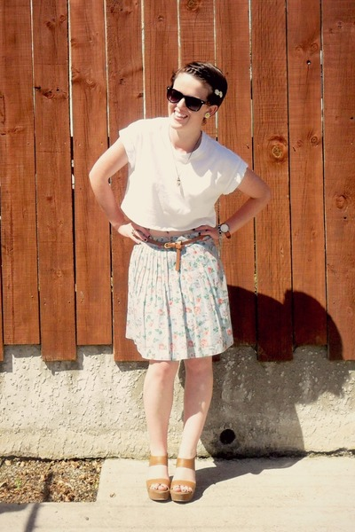 light blue Kookai skirt - white Glassons t-shirt