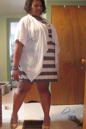 t shirt Old Navy dress - exaggerated Maurices sweater