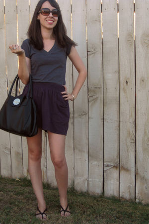 gray Forever 21 t-shirt - purple Forever 21 skirt - Forever 21 shoes - black kat