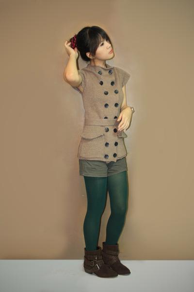 34c0757d34aeb5 tan Sparkle Shop dress - dark green Bazaar shorts - green Forever 21 tights  - da