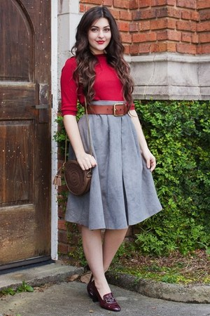 charcoal gray suedette Chicwish skirt