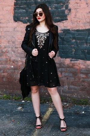 black PB&J Boutique dress