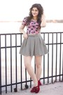 Pink-floral-crop-top-aeropostale-shirt-black-striped-aeropostale-skirt