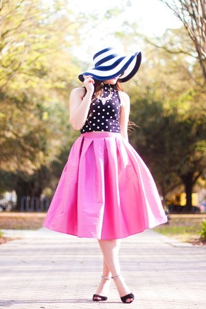 bubble gum Make Me Chic skirt