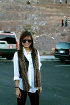 black vest - Zara scarf - white H&M blouse - black Topshop leggings - black Zara