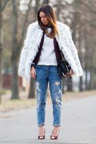 maroon H&M blazer - white faux fur asos coat - blue boyfriend Zara jeans