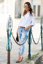 black Yves Saint Laurent bag - sky blue Ebay jeans - off white Zara shirt