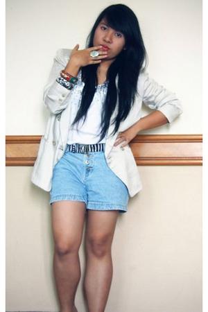 thriftstore girl