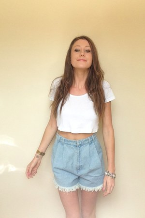 white cropped American Apparel top - sky blue high waisted cameo shorts