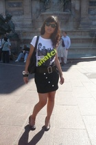 ilovebkk t-shirt - AnnAKK shoes - platinium skirt - Glorious purse - Ray Ban sun