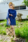 Blue-vintage-crochet-dress-beige-gap-hat-tan-thrifted-bag