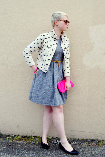 ivory Forever21 jacket - heather gray madewell dress - bubble gum bag