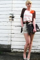 light pink vintage cropped sweater - dark brown leather American Apparel bag - t