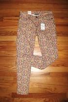 pink Levis pants