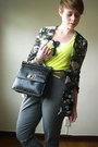 Black-purse-black-vintage-floral-cardigan-heather-gray-forever21-pants
