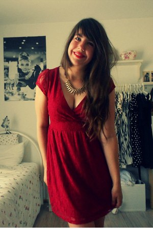 Primark necklace - Primark dress